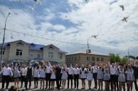 24 мая прозвучал последний звонок для 150 выпускников Медынского района