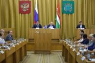 «Единая Россия» берет на себя контроль за реализацией нацпроектов